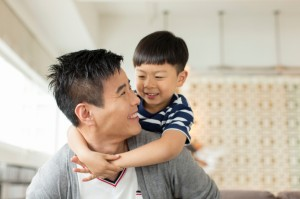 Free.Asian Dad and boyiStock_000040311832Small